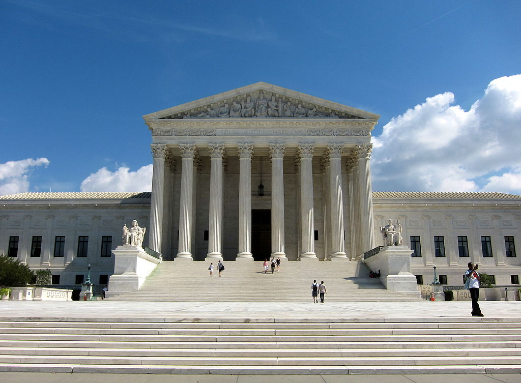By AgnosticPreachersKid, CC-BY-SA-4.0, https://commons.wikimedia.org/wiki/File:U.S._Supreme_Court_Building.JPG